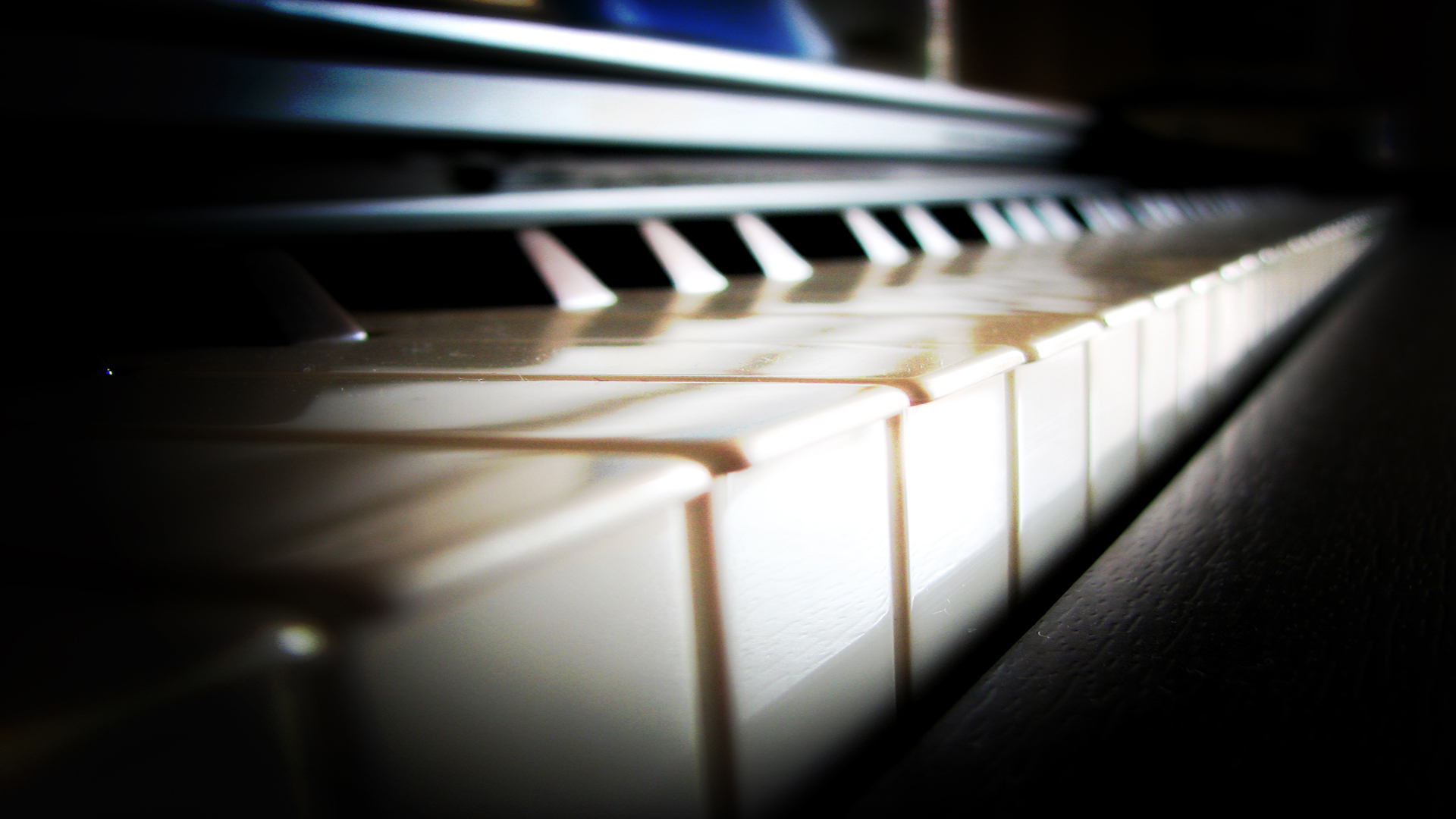 Piano Full HD Wallpaper And Background Image