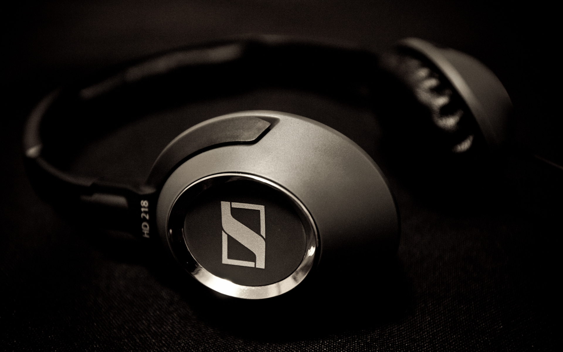 Komputer - Headphones And Ringtones (Elektrolad Remix)