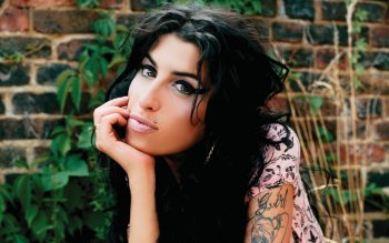20 Amy Winehouse Hd Wallpapers Background Images