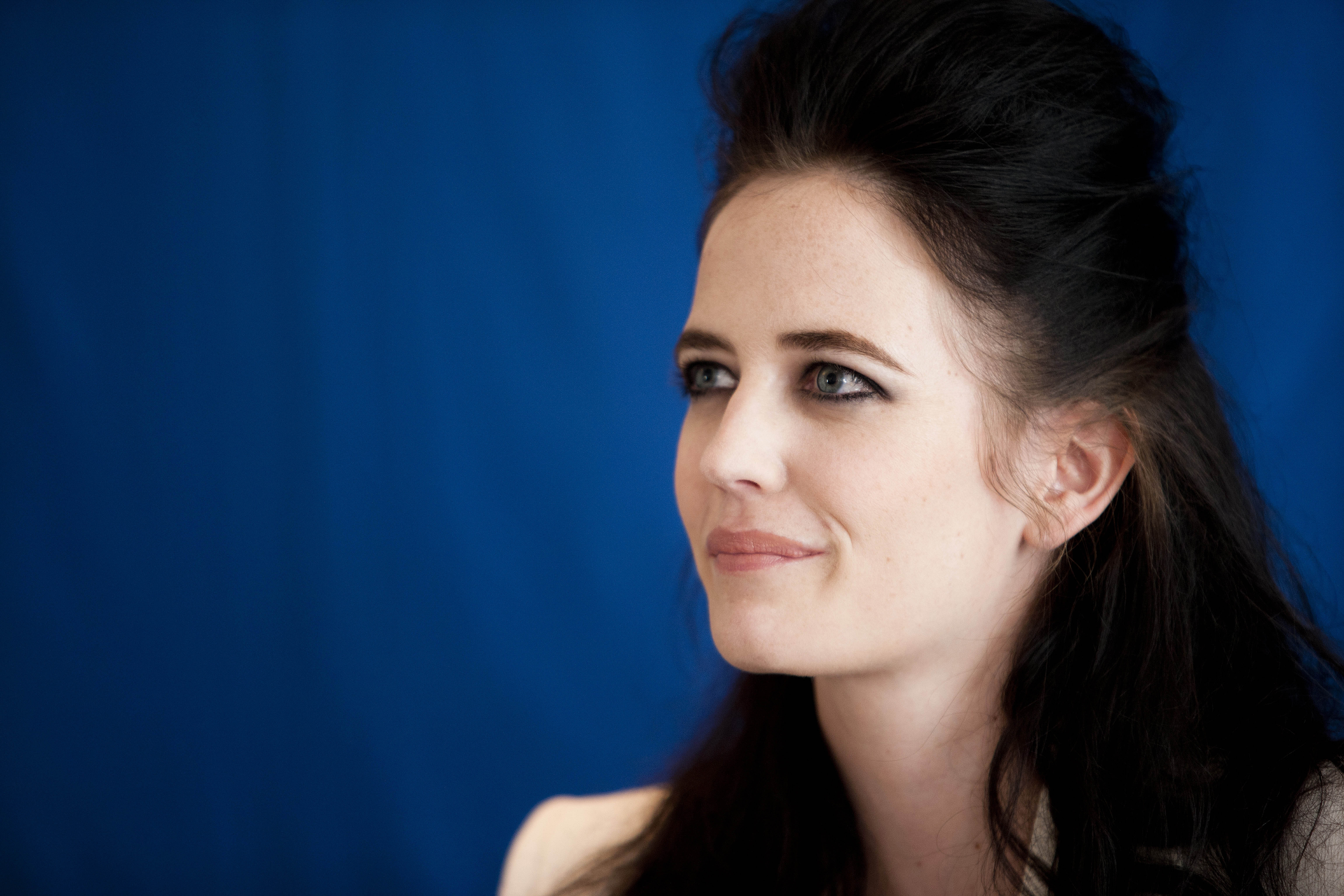 Eva Green 5k Retina Ultra HD Wallpaper And Background Image