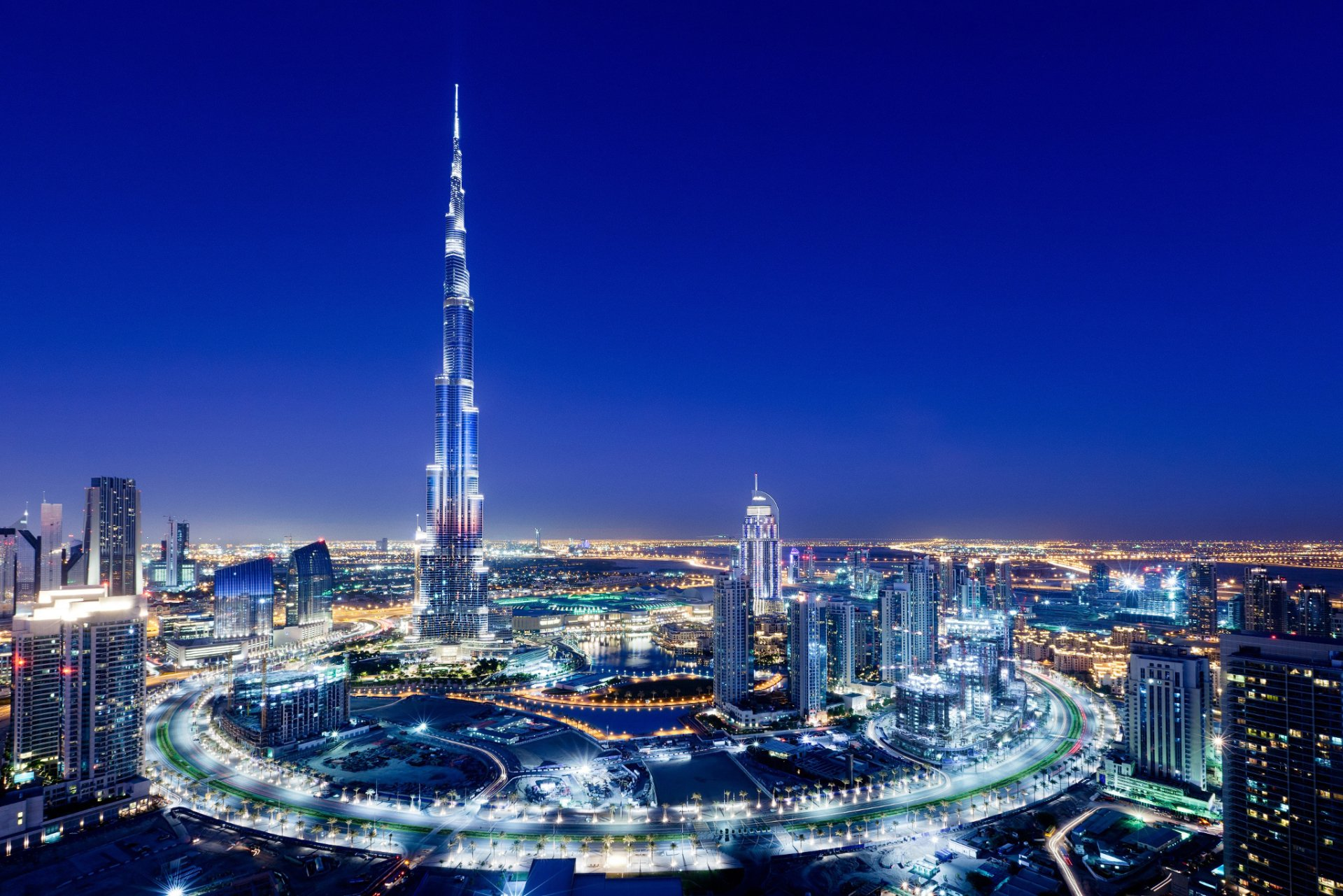 Man Made - Burj Khalifa  Dubai City Night Wallpaper