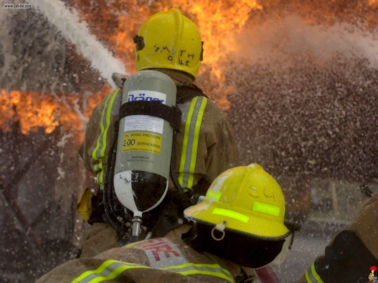 Firefighter Fondo De Pantalla And Fondo De Escritorio