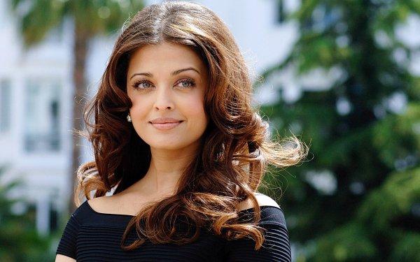 Celebrity Aishwarya Rai Actresses India Actress Indian Brunette HD Wallpaper | Background Image
