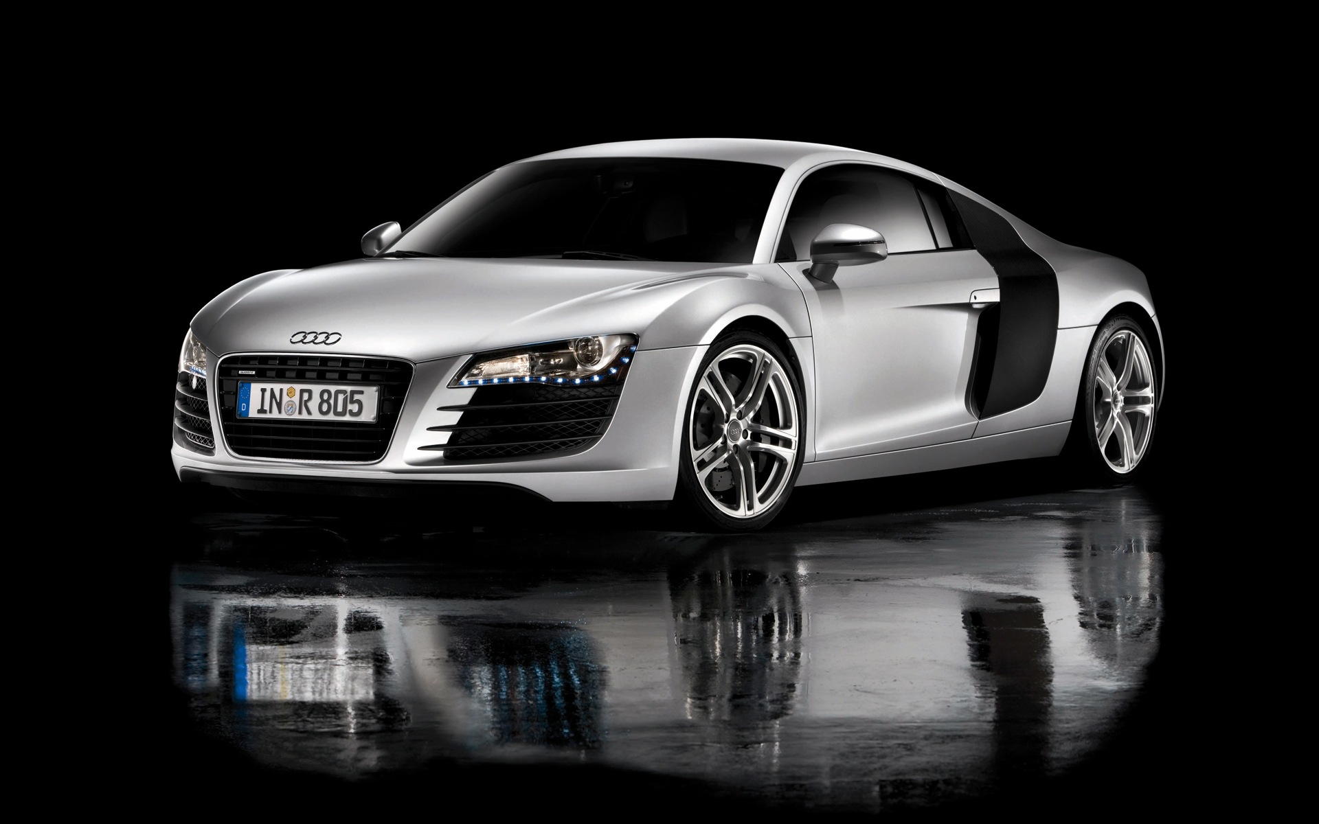 Vehicles - Audi  - Iron Man - R8  Wallpaper