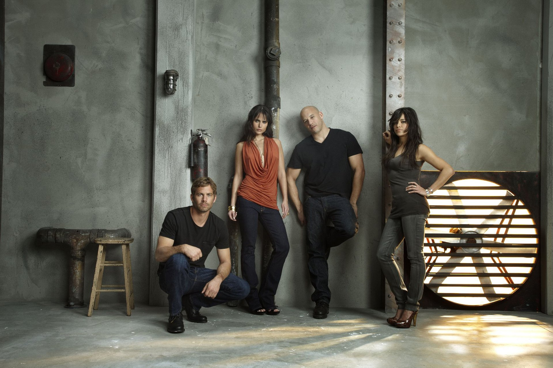 Movie - Fast & Furious  Vin Diesel Dominic Toretto Paul Walker Brian O'Conner Jordana Brewster Michelle Rodriguez Mia Toretto Letty Ortiz Wallpaper
