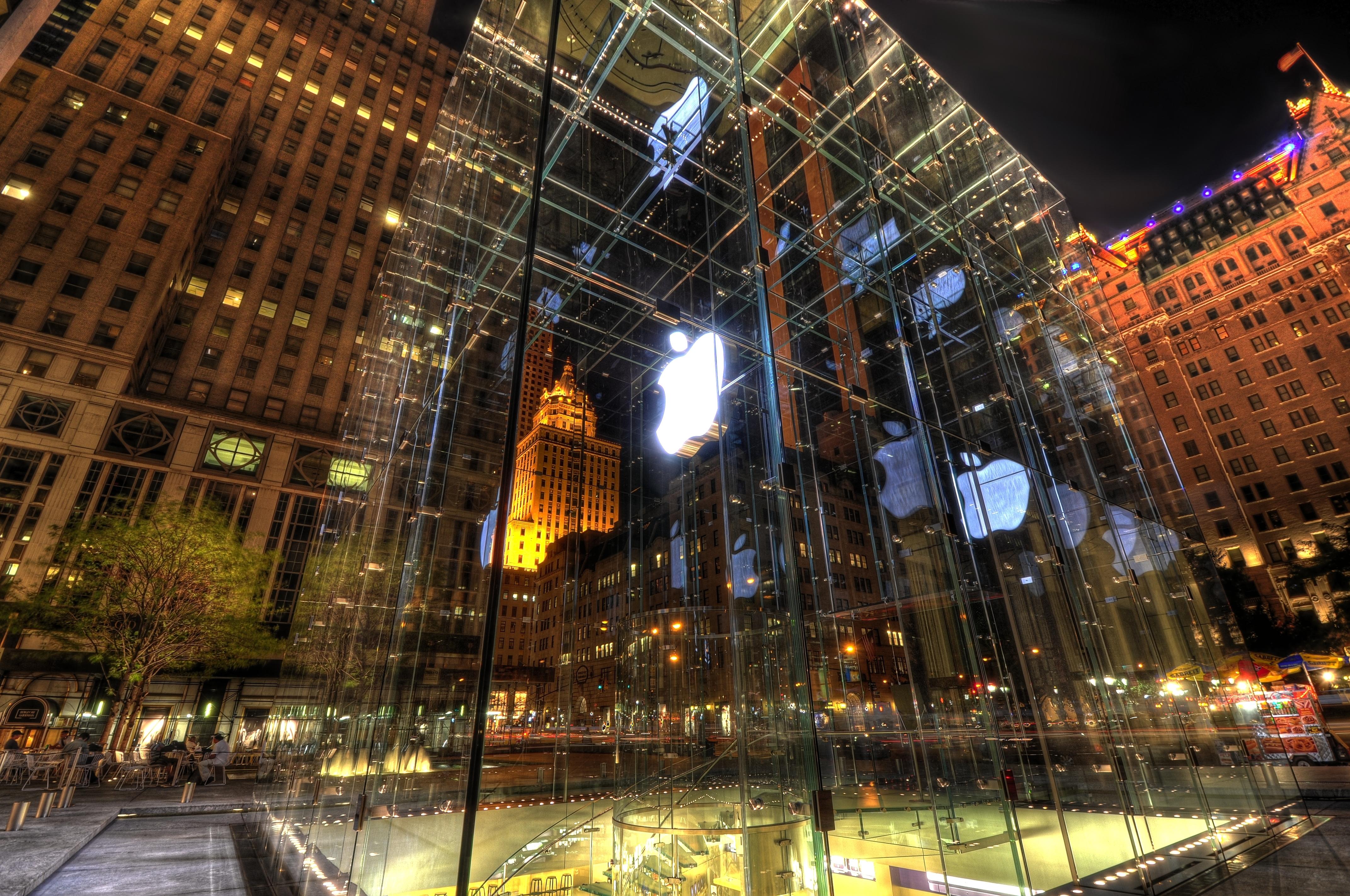 The Apple Store In New York City 4k Ultra Hd Wallpaper
