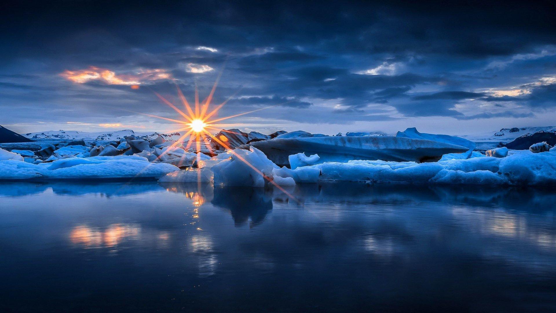 Sun Setting over Icy Winter Ocean HD Wallpaper ...