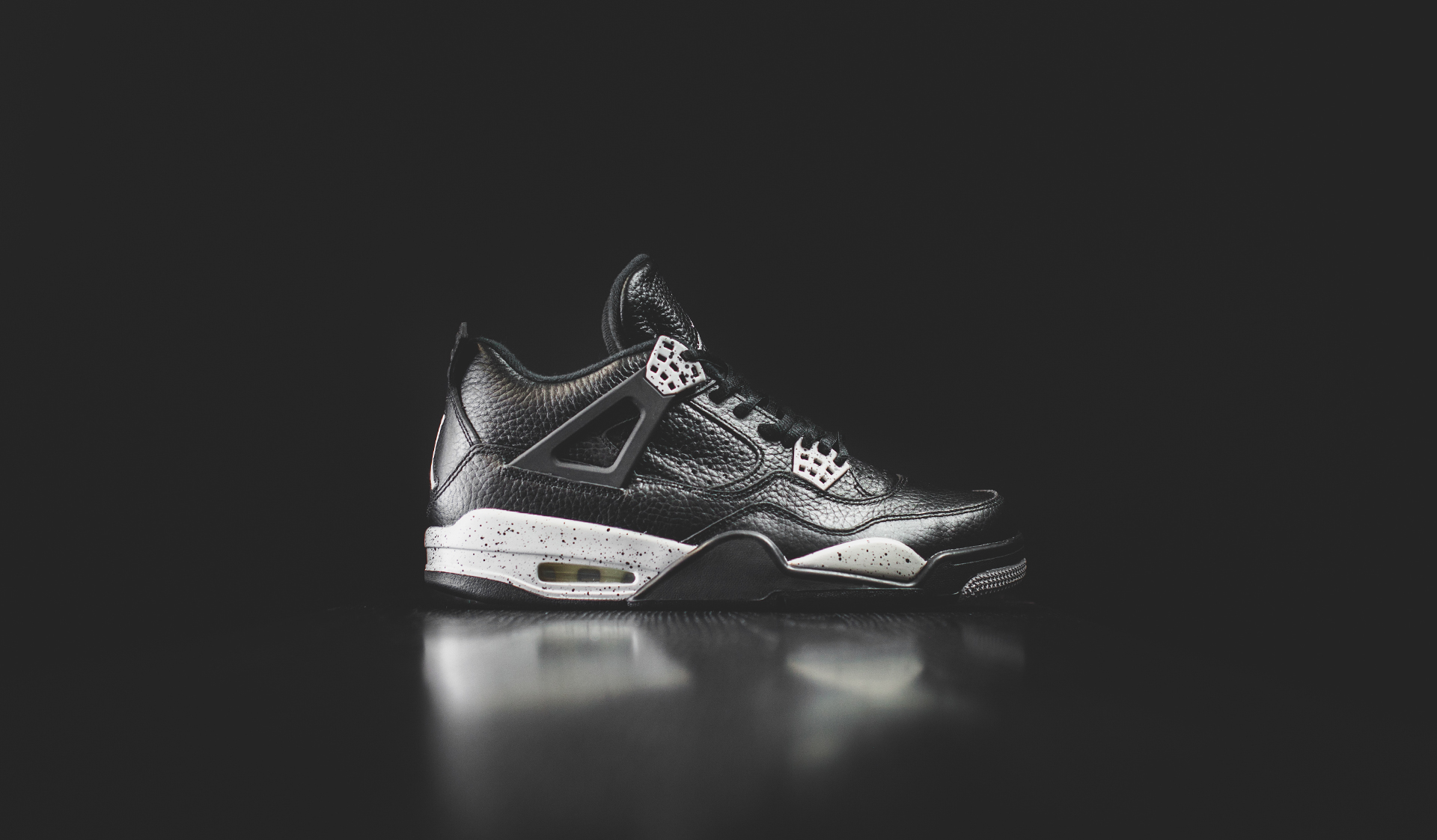 Air Jordan IV Retro Full HD Wallpaper And Background Image