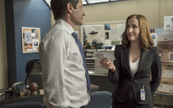 TV Show The X-Files Fox Mulder David Duchovny Dana Scully Gillian Anderson HD Wallpaper | Background Image