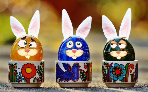 Holiday Easter Egg Cup Bunny Ears Bokeh HD Wallpaper | Background Image