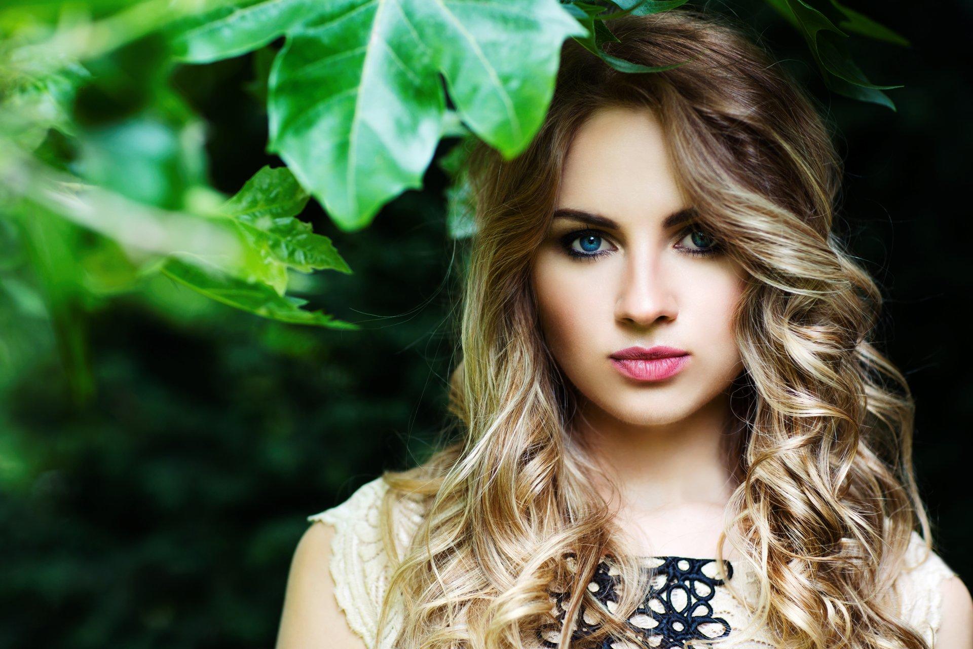 Women - Model  Woman Girl Leaf Outdoor Blue Eyes Wallpaper