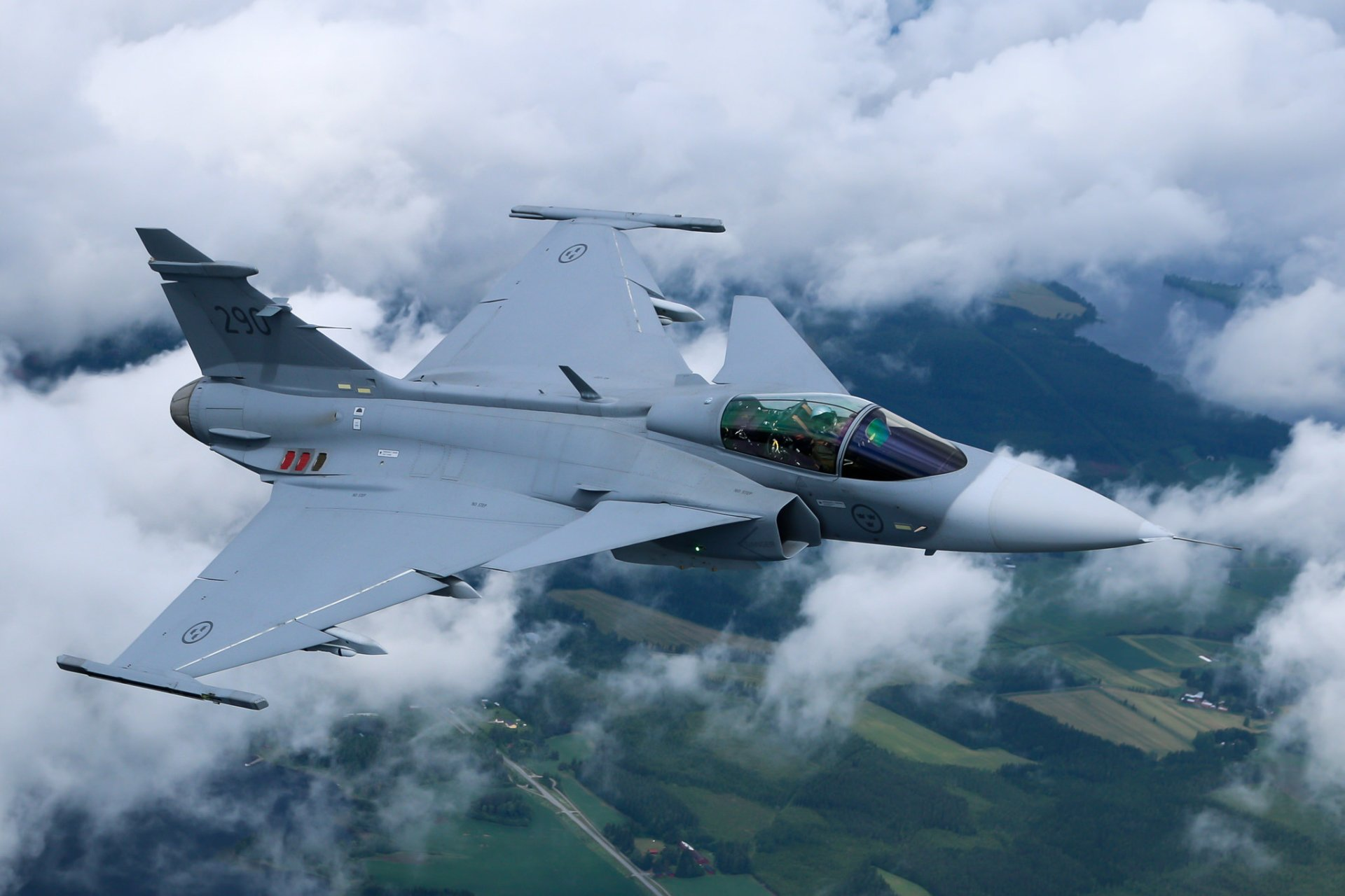 Military - Saab JAS 39 Gripen  Jet Fighter Aircraft Warplane Wallpaper