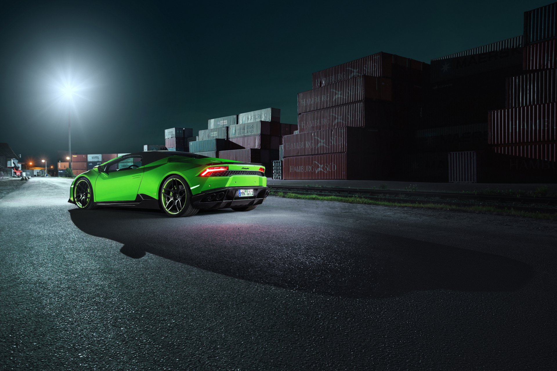 Green Spots Car With Girls Hd Wallpaper: Lamborghini Huracan 4k Ultra Fondo De Pantalla HD