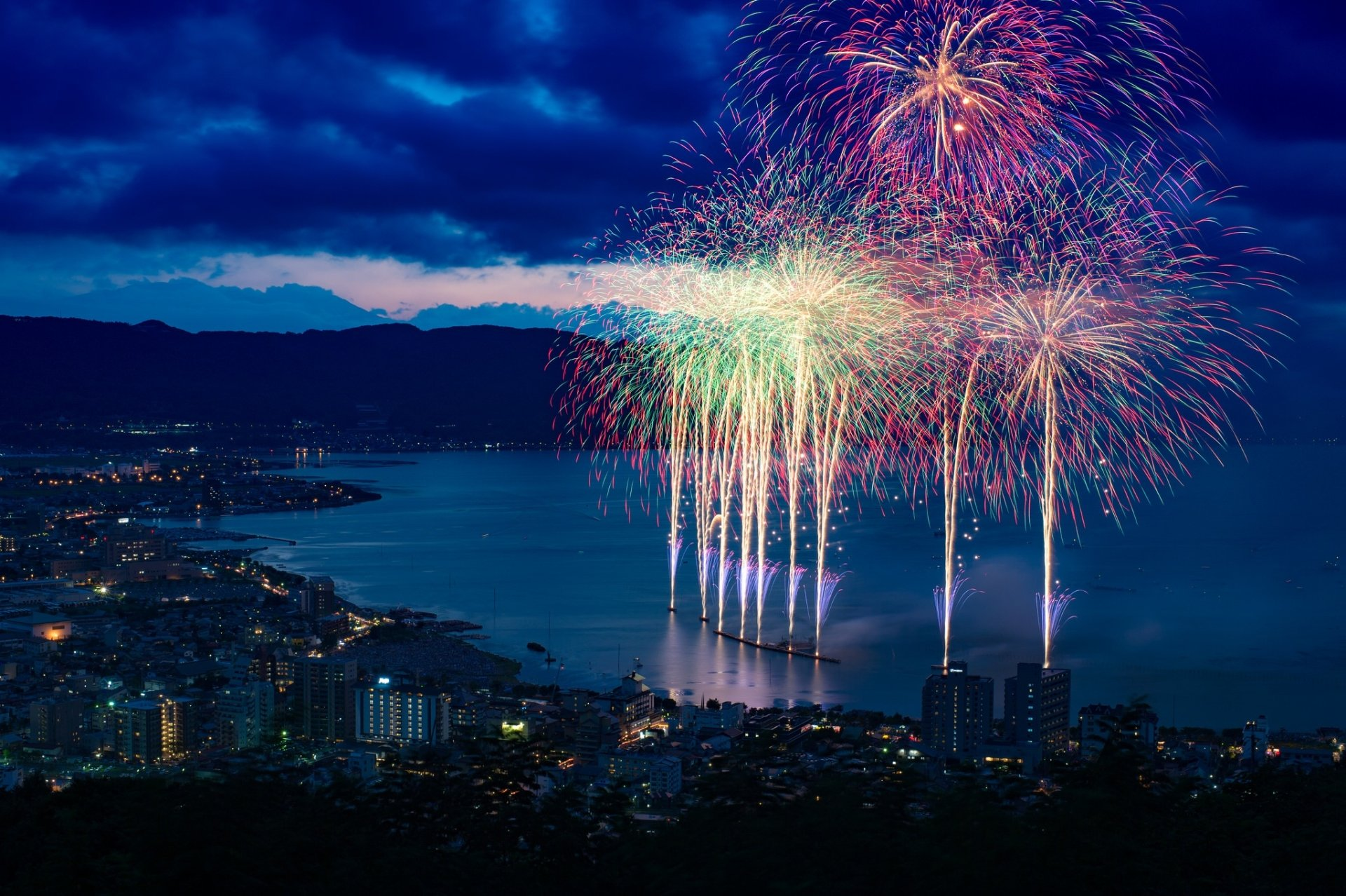 Photography - Fireworks  Japan City Night Coastline Wallpaper