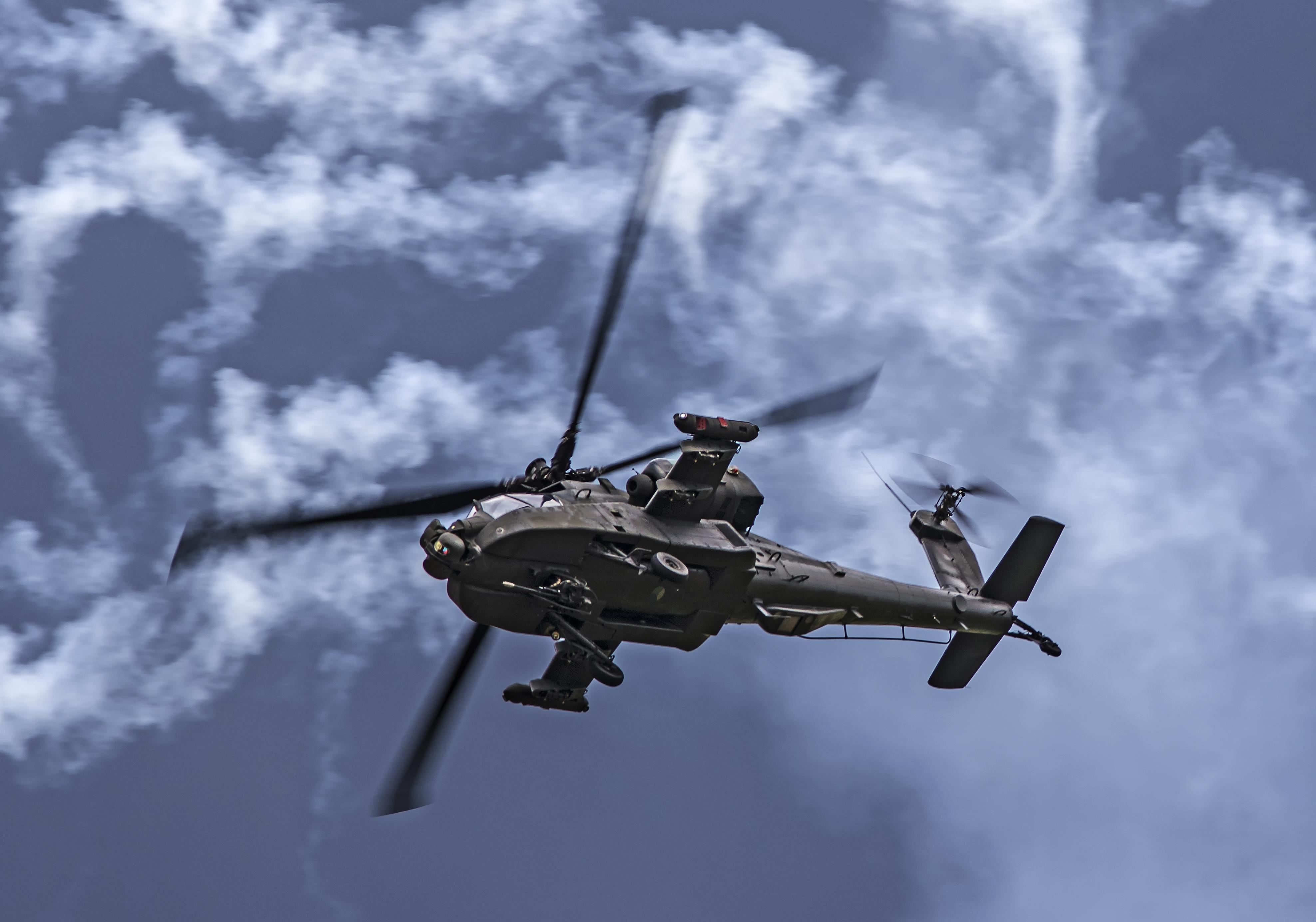 Military Helicopter 4k Hd Desktop Wallpaper For 4k Ultra: Boeing Ah-64 Apache 4k Ultra HD Wallpaper