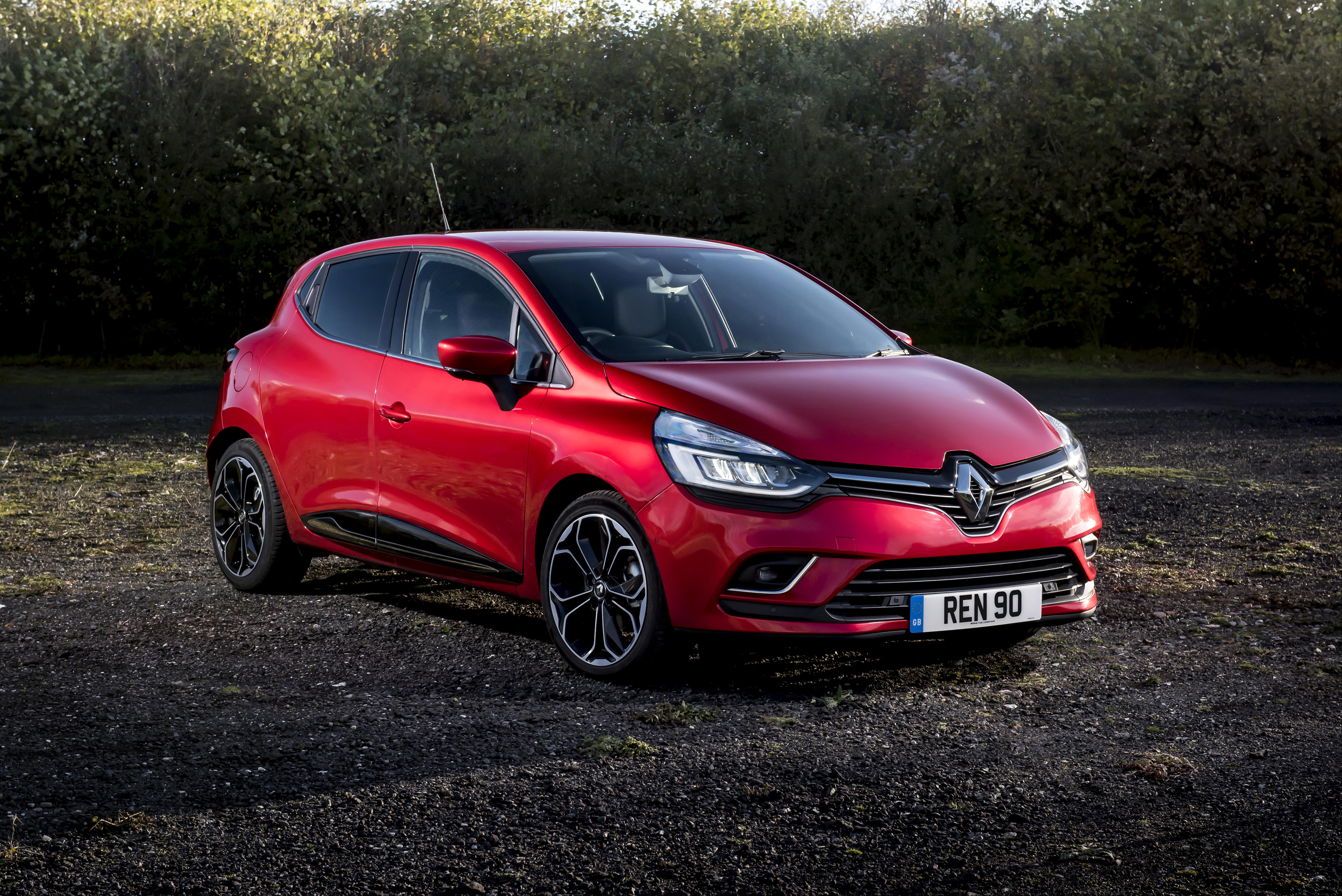 20 Renault Clio Hd Wallpapers Background Images Wallpaper Abyss