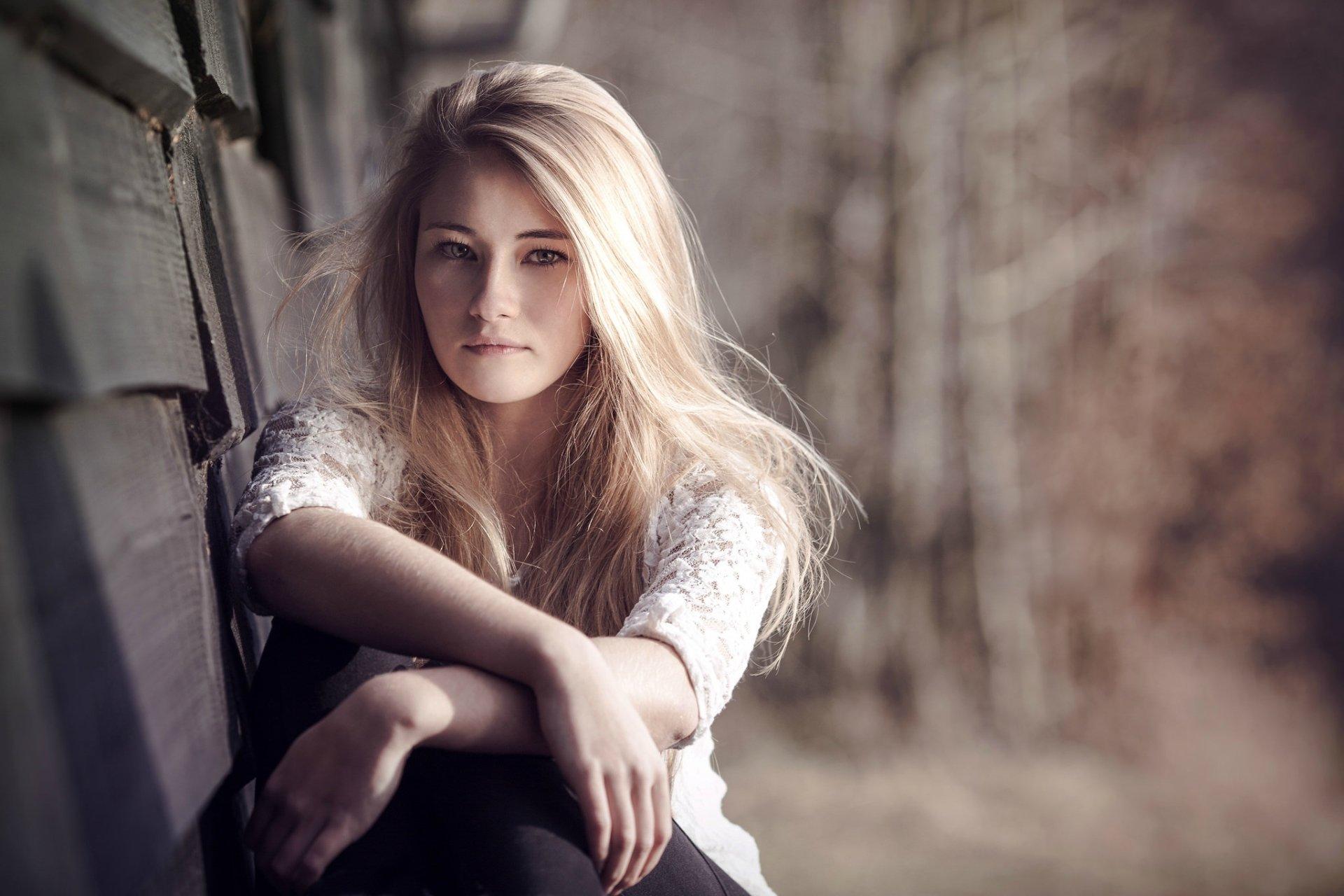 Women - Model  Woman Girl Blonde Hazel Eyes Depth Of Field Long Hair Wallpaper