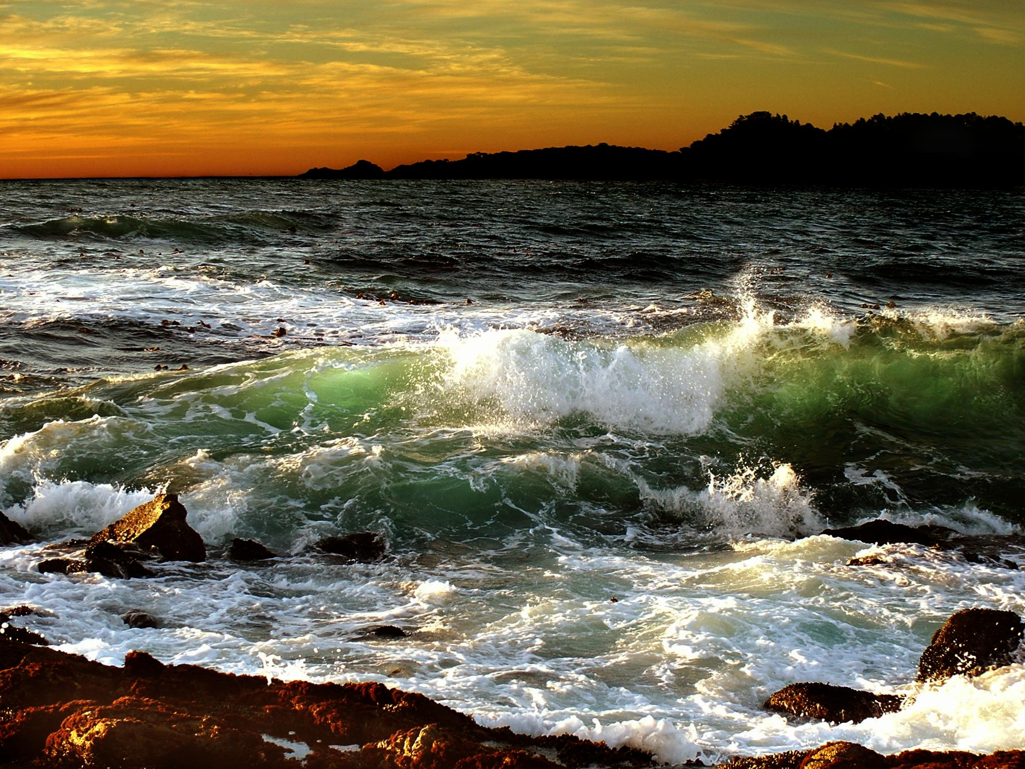 Sunset With Sea Wave Tap To See More Breathtaking Beach: Ocean Waves HD Wallpaper