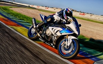 3 BMW HP4 HD Wallpapers