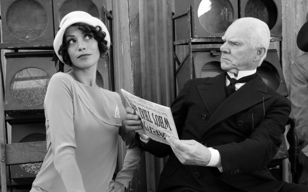 Movie The Artist Bérénice Bejo Malcolm McDowell HD Wallpaper | Background Image
