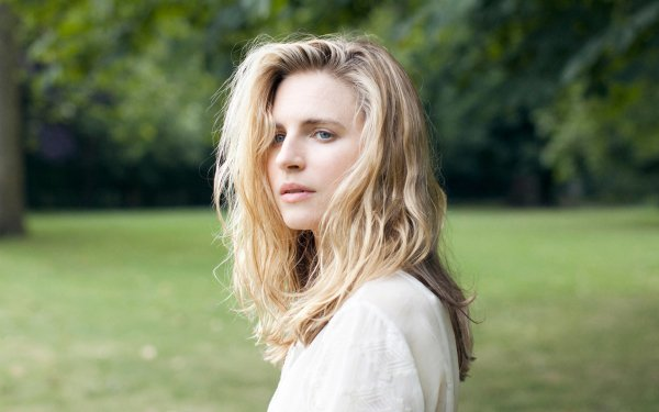Women Brit Marling Actresses United States Actress Blode Blue Eyes HD Wallpaper | Background Image
