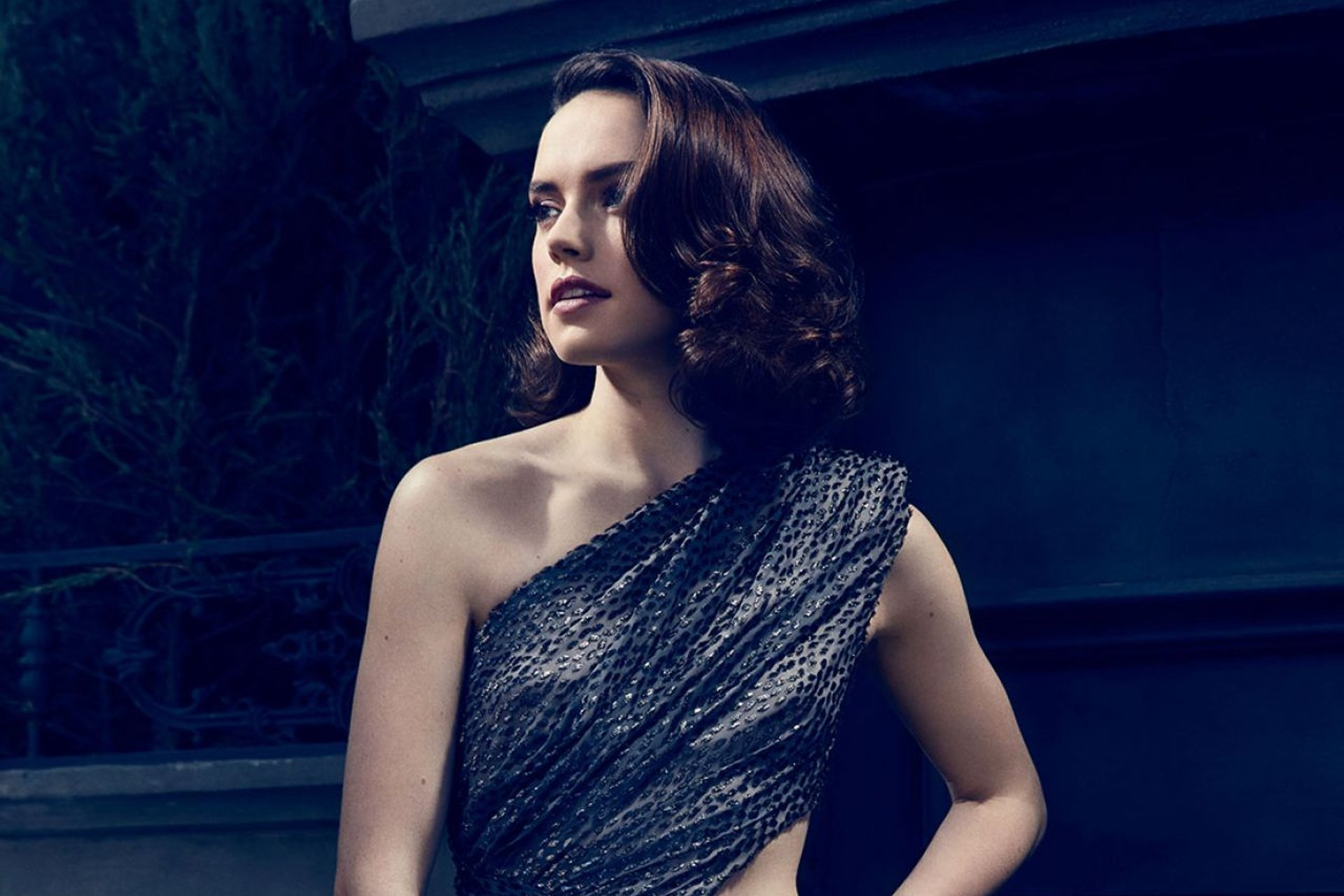 Daisy Ridley Full HD Wallpaper And Background Image