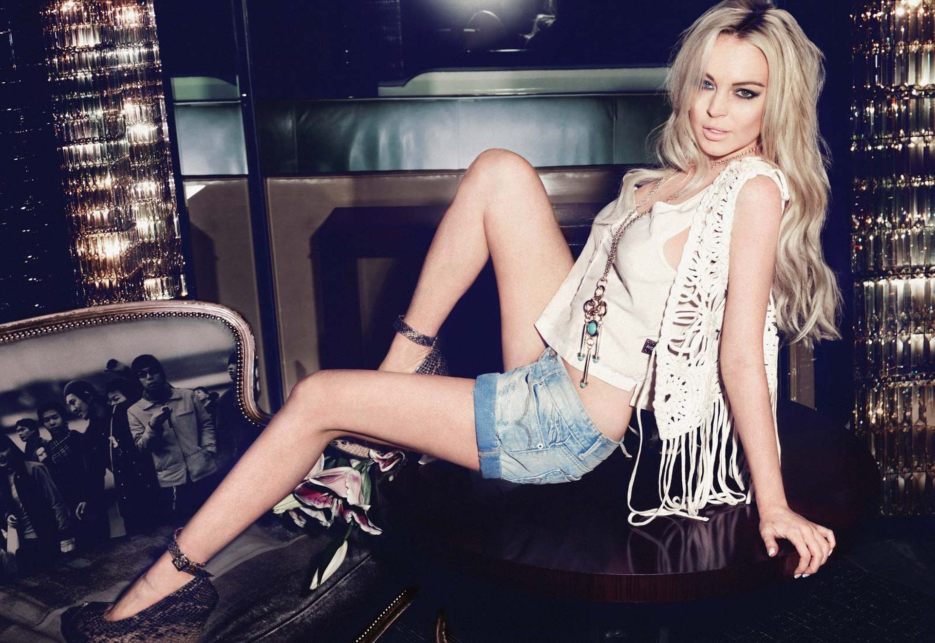 Celebrity - Lindsay Lohan  Actress Blonde American Necklace Wallpaper