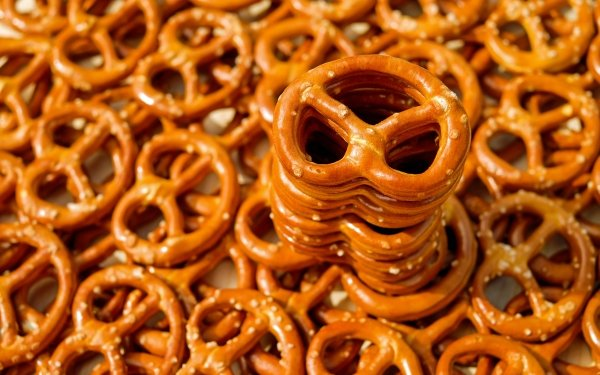 Food Baking Snack Pretzel HD Wallpaper | Background Image