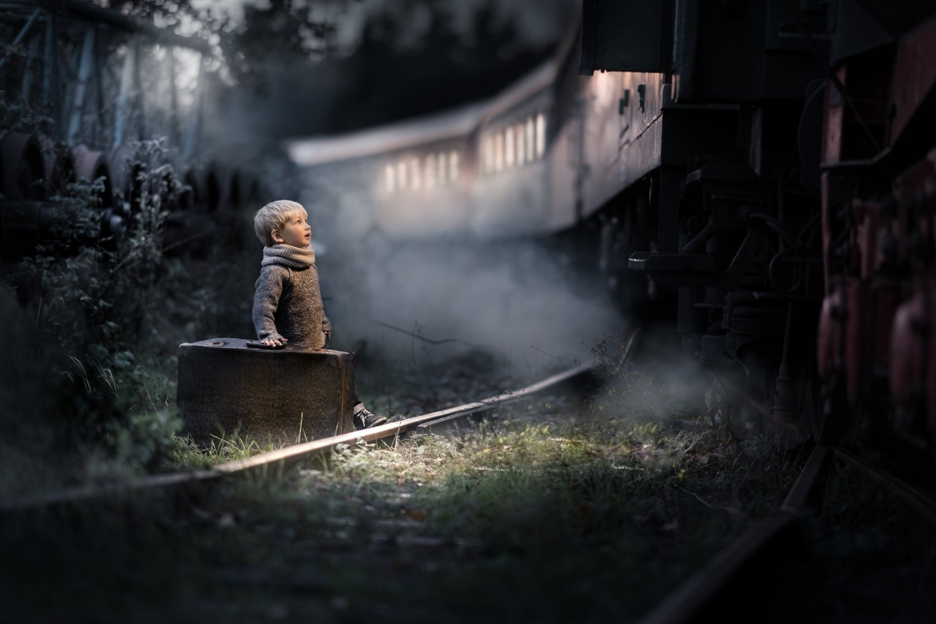 Photography - Child  Night Boy Little Boy Suitcase Train Wallpaper