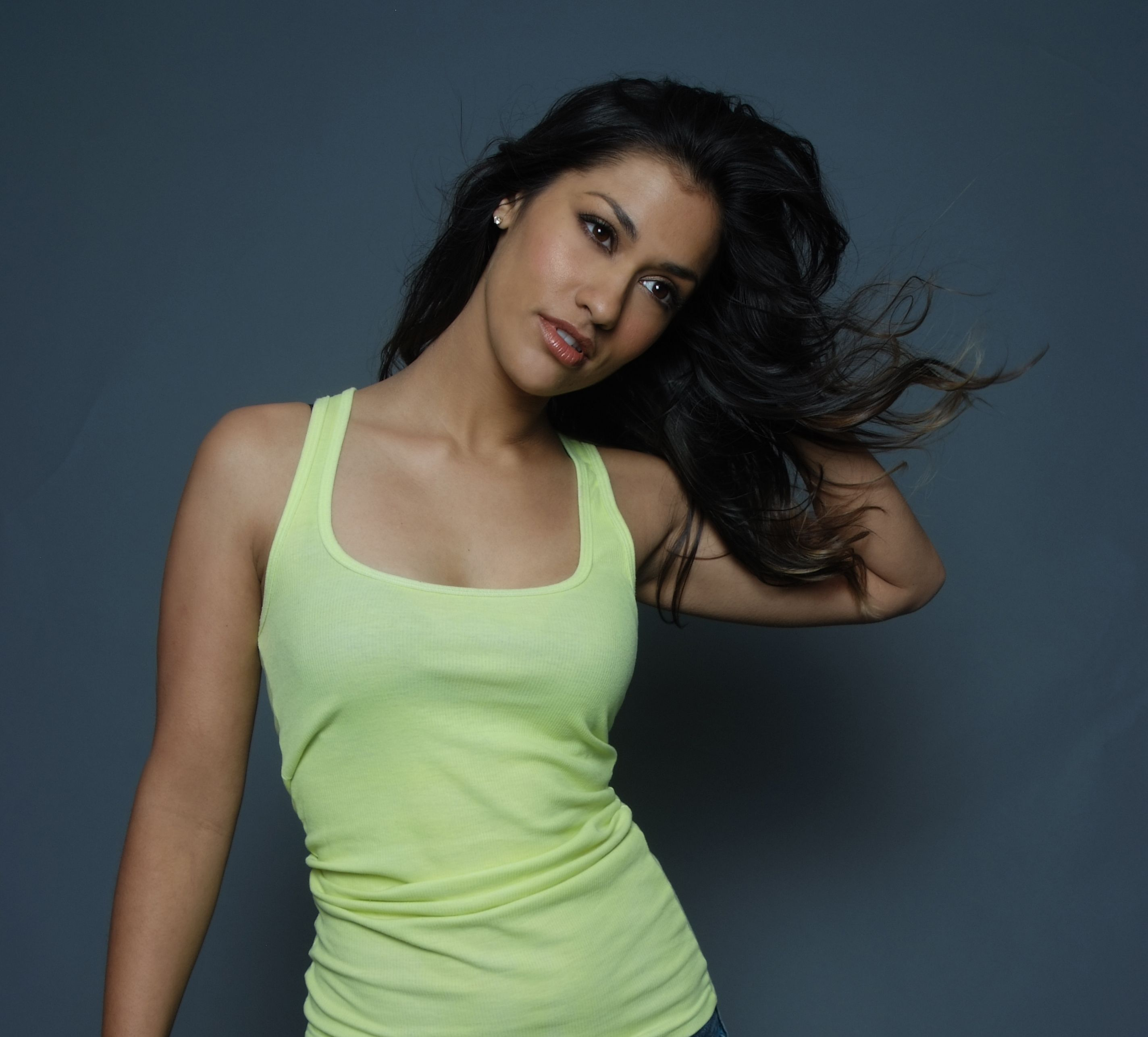 janina gavankar - photo #15