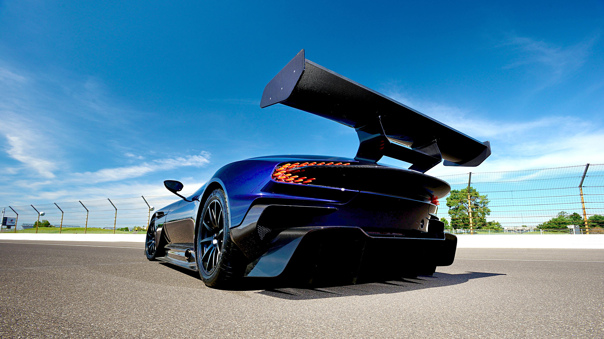Vehicles - Aston Martin Vulcan  Race Car Aston Martin Supercar Wallpaper
