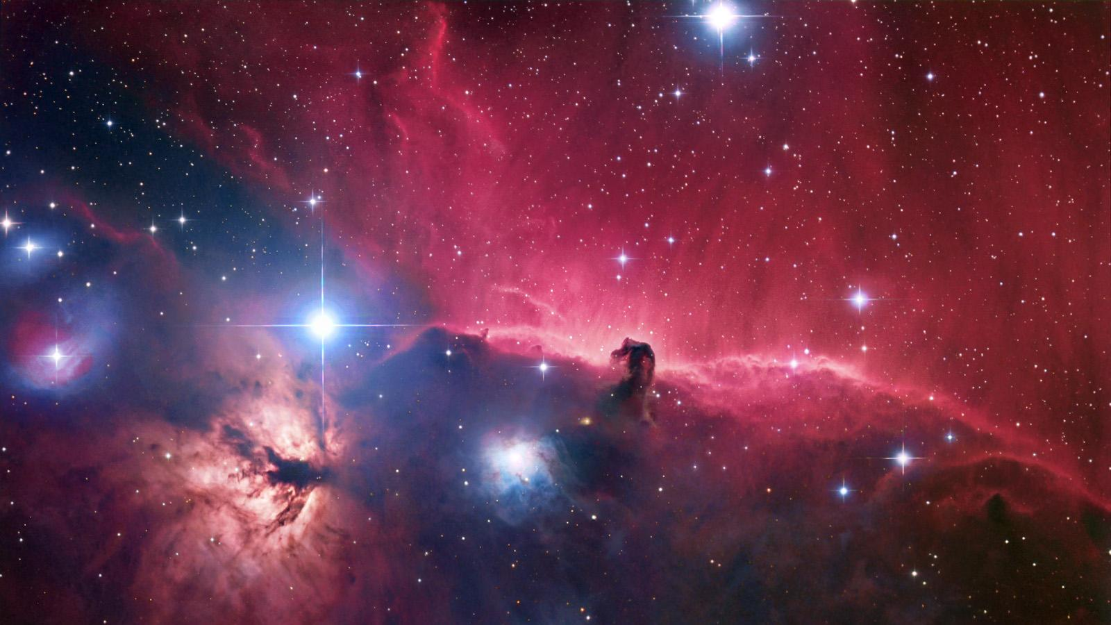 What does extragalactic nebula mean definition meaning