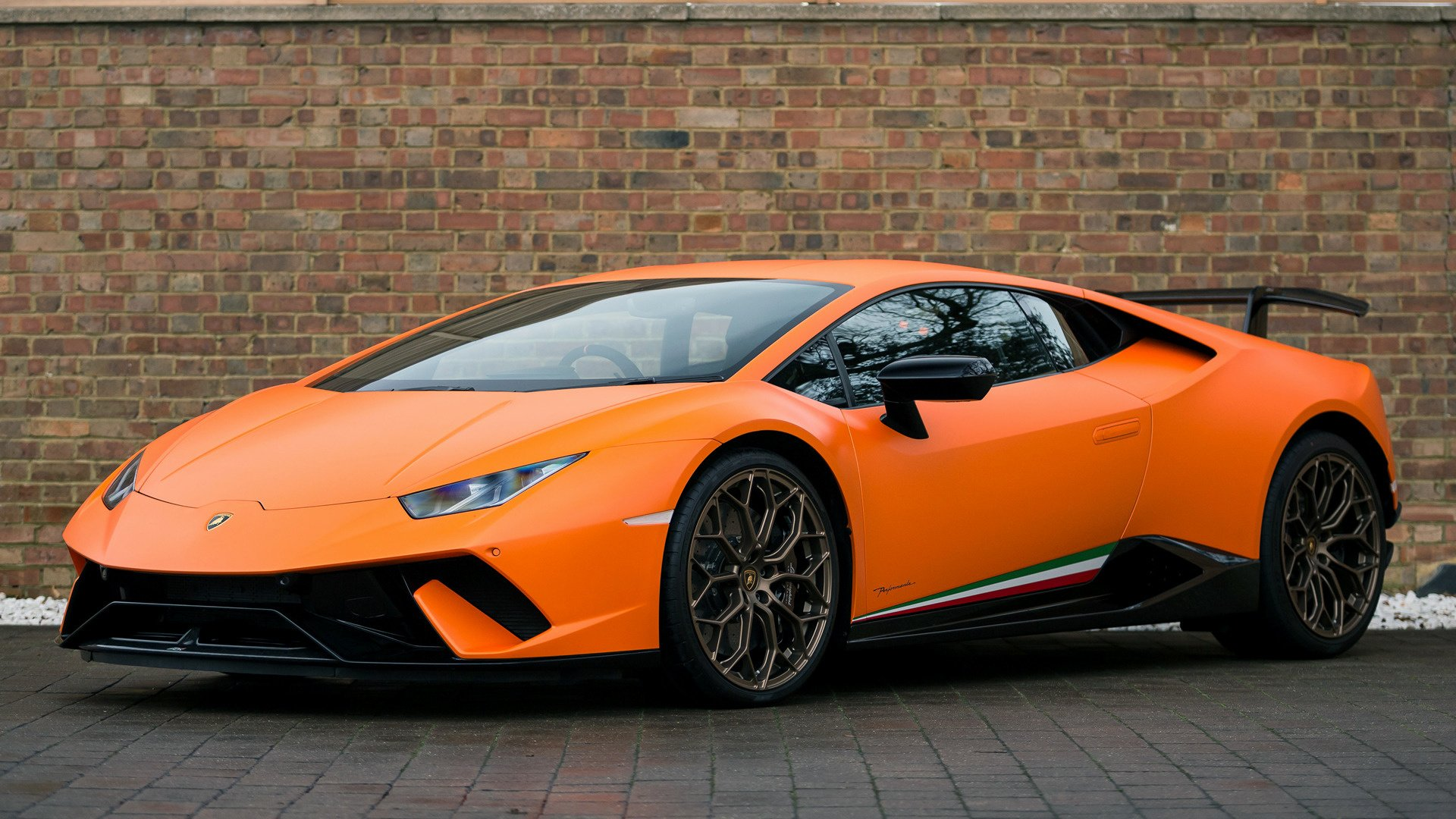2017 Lamborghini Huracan Performante Hd Wallpaper Background Image