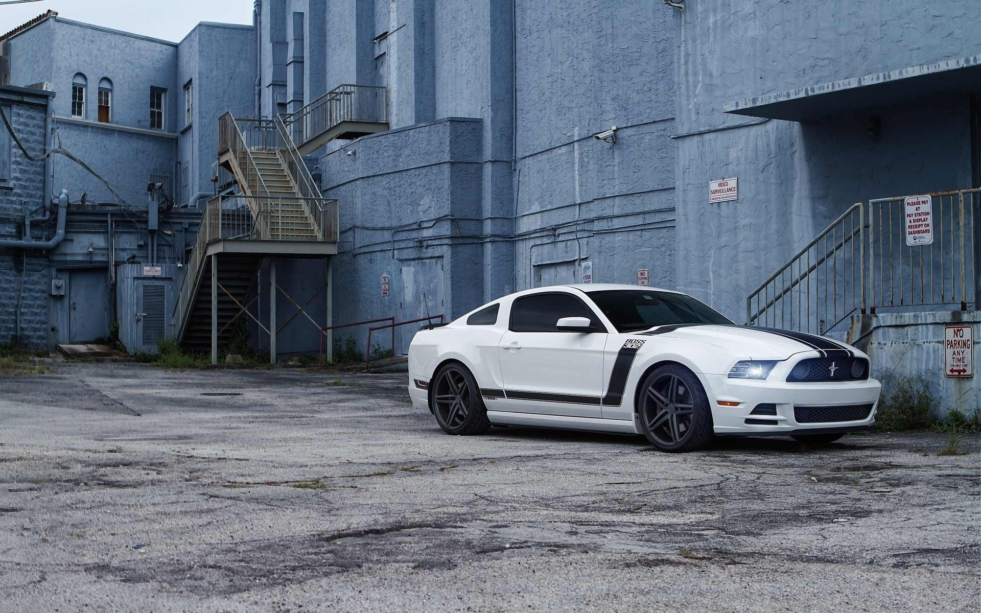 Ford Mustang Boss 302 Hd Wallpaper Background Image 1920x1200