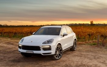 61 Porsche Cayenne Hd Wallpapers Background Images
