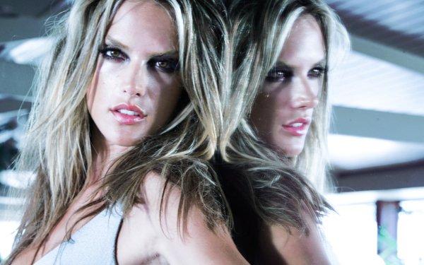 Celebrity Alessandra Ambrosio Models Brazil HD Wallpaper | Background Image