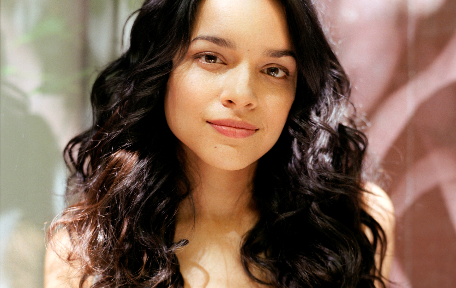 Music - Norah Jones  Wallpaper